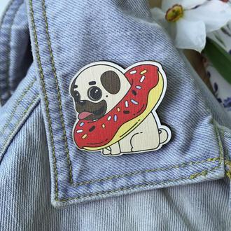 """Значок из дерева """"Мопс Пончик"""""""