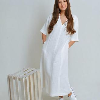 Льняное платье белого цвета
