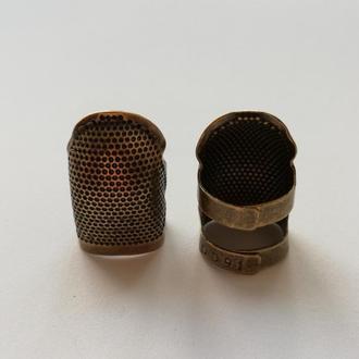 Наперсток с отверстием для ногтей, размер М