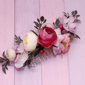 Нежный свадебный гребень с пионами