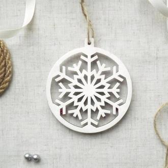 """Новогодняя игрушка из дерева """"Снежинка"""""""