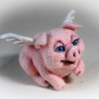 Свинка с крылышками