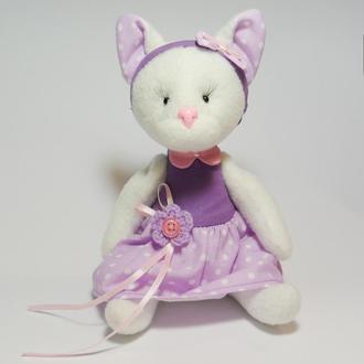 Кошка в сиреневом - игрушка ручной работы