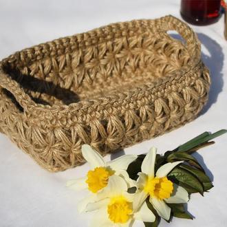 Вязаная корзинка из джута для декора 22х13
