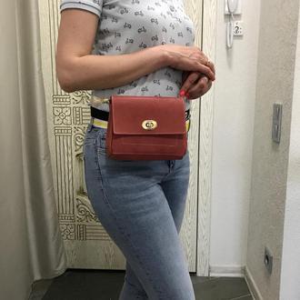 Женская сумочка на пояс. Поясная сумка. Набедренная сумка.