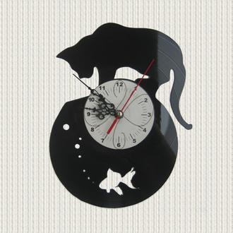 часы настенные кот и рыбка