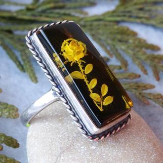Янтарный резной перстень в серебре Ветка розы