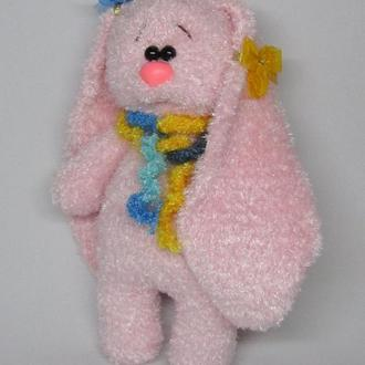 Зайка розовая вязаная игрушка
