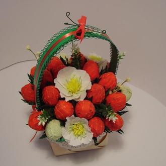 Букет из конфет Земляничная полянка