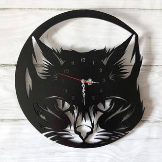 """Часы настенные """"Кошка """" из дерева."""