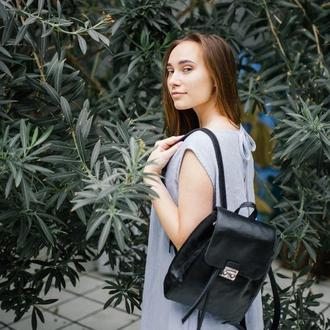 Черный рюкзак из натуральной кожи (гладкий)