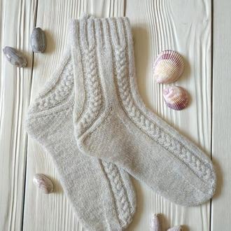 Теплые носки с необычной пяткой