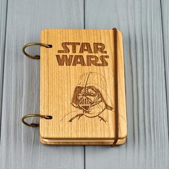 """Карманный блокнот из дерева формат А7 на кольцах """"Звездные воины"""""""