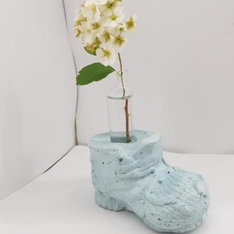 Креативная мини ваза для цветов из бетона и стекла в виде ботинка, сделанная вручную - голубая