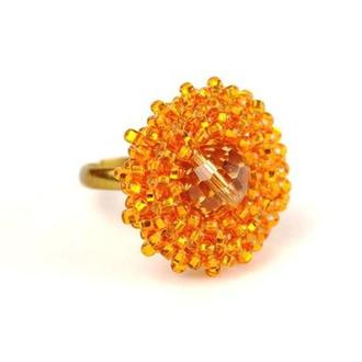 Кольцо из бисера золотитстое