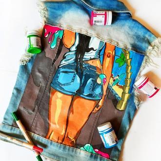 Модная джинсовая жилетка с  росписью акриловыми красками