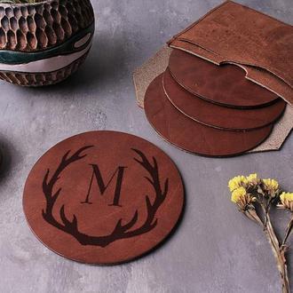 Бирдекель/костер из натуральной кожи с Вашей гравировкой. 1 шт