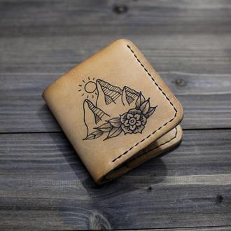 """Шкіряний гаманець з татуюванням """"Гори"""""""