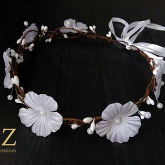 Белый веночек на голову цветы и бусины