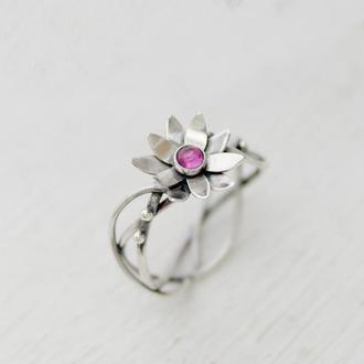 Кольцо серебряное женское Лотос из родолітом
