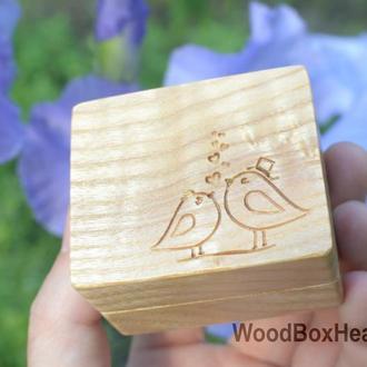 Деревянная коробочка шкатулка для кольца, колец, украшений