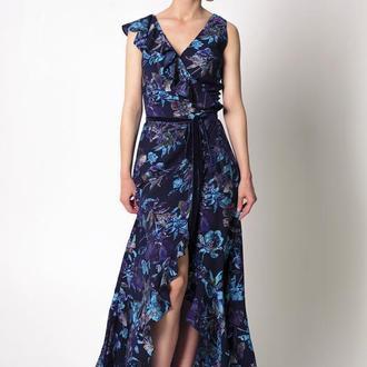 Платье на запах с воланами