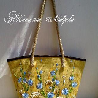 """Вышитая сумка """"Полевые цветы""""."""