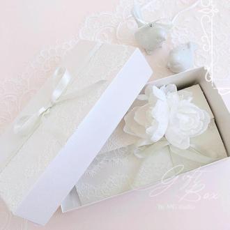 "Gift Box ""Bourgeois"" Цвет 1 - открытка в коробочке"