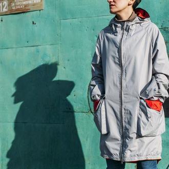 куртка дождевик! из плотного материала с водооталкивающей отделкой