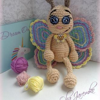 Іграшка-Метелиик амігурумі