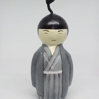 японская кукла кокеши мальчик
