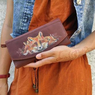 Кожаный рыжий женский кошелек клатч с росписью лиса или тиснением