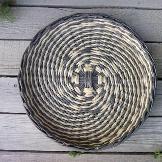 Тарелка на стену. Плетеная тарелка. Тарелка - панно. Диаметр 32см
