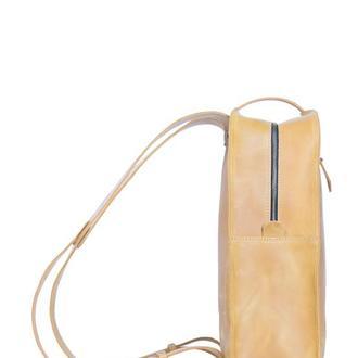 Кожаный рюкзак на кобурной застежке. 01007/желтый