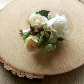 Свадебная бутоньерка Повязка с цветами Бутоньерка для жениха Бутоньерки для гостей Веночек белый