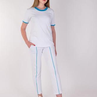 Комплект укороченные брюки и футболка