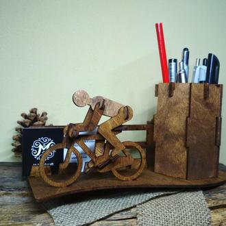 Органайзер для канцелярских принадлежностей,  подставка для карандашей,  подставка для ручек,  пенал