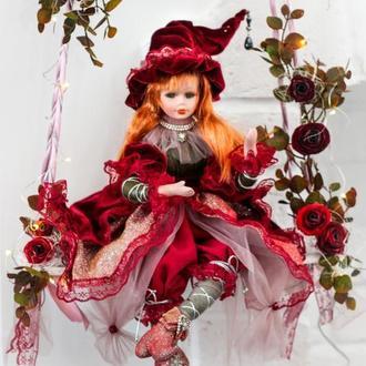 Кукла на качели