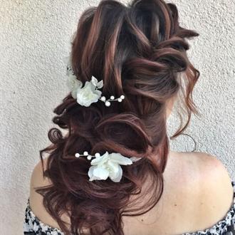 Свадебные шпильки цветы молочные в прическу
