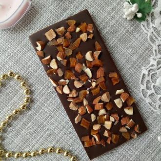 Чорный шоколад миндаль/курага