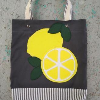 Вместительная сумка-шопер с лимончиками