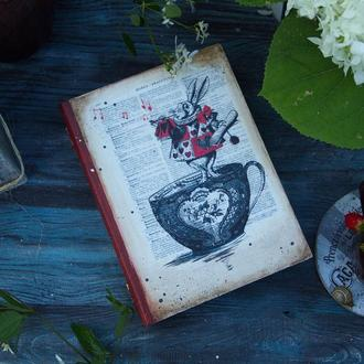 шкатулка книга белый кролик Алисы