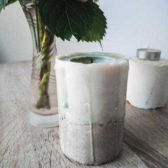Натуральна свічка з бетоном