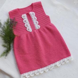 Детское вязаное платье ,