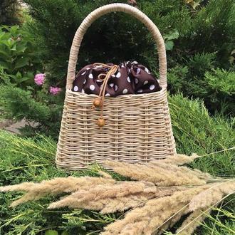 Плетёная сумочка.