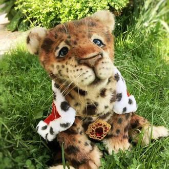 Коллекционная игрушка , леопард. Королевский кот)