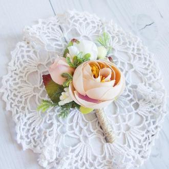 Бутоньерки для свидетелей / Персиковые бутоньерки / Цветы для свадьбы / Персиковые цветы
