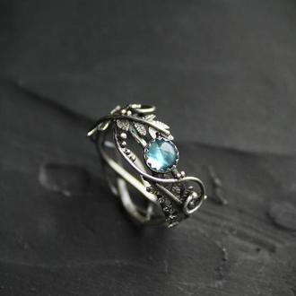 Серебряное женское кольцо Папоротник с топазом