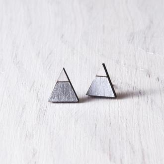 Сережки треугольники, серьги гвоздики