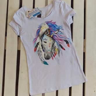 Женская футболка с лошадью  S